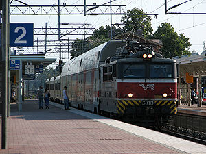 Tikkurila station - Image: IC9 Tkl