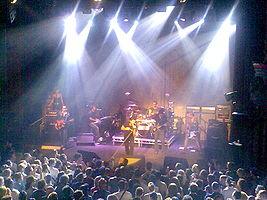 A banda no palco