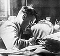 Igor Kurchatov 1929.jpg