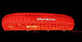 Illuminated Allianz Arena4.JPG