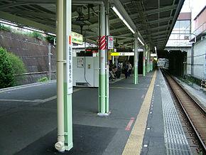船桥法典站