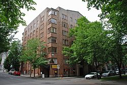 Jeanne Manor Apartment Building - Portland, Oregon (2014).jpg