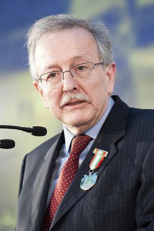 Fusi, Juan Pablo (1945-)