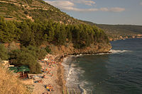 Kamenica beach in Vis in Dalmatia.jpg