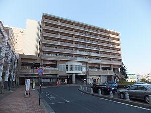 Yūkarigaoka Station - Image: Keisei Yūkarigaoka Sta 001