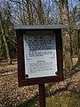 Klánovický les, kříž v hromadě kamení, Sdělení.jpg