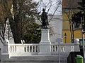 Klosterneuburg - Kaiser-Franz-Josef-Denkmal Gesamtansicht.jpg