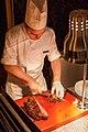 Koch am Grill auf der Terrasse des Equinox Restaurants im Zürcher Kreis 5 - panoramio.jpg