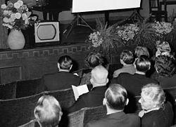 Tva nya kanaler med gammal teve