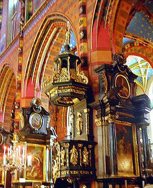 St. Mary's Basilica, Kraków - Image: Krakow 08