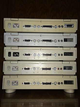 Macintosh LC - The LC family (LC, II, III, 475, Quadra 605) back face