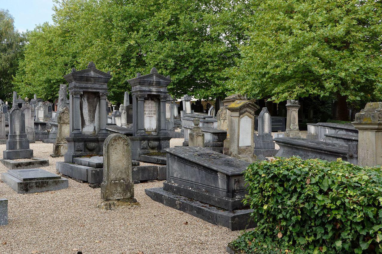 LUX, jüdischer Friedhof KSG 1604 2 pK.jpg