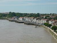 La rive droite à Tonnay-Charente.JPG