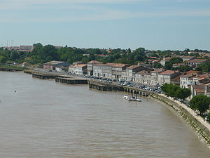 Tonnay-Charente - The river Charente