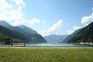Cabaña en el bosque - Página 6 300px-Lago_Achensee