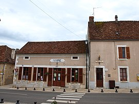 The town hall in Lainsecq