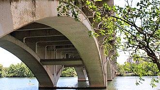 Lamar Boulevard Bridge - The bridge's substructure, viewed from the south shore