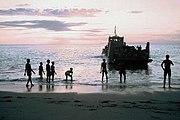 Landing boat Loes in Atabae