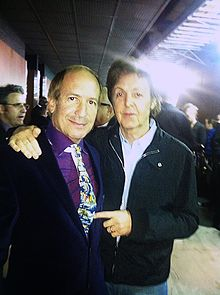Larry Dvoskin and Paul McCartney.jpg
