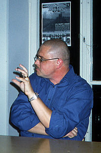 Lars Jakobson på science fiction-kongressen Akrostikon i Göteborg 2001.