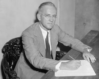Lauchlin Currie economist