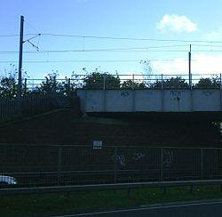 Leam Lane (A194) Metro bridge, 12 November 2005 (2).jpg