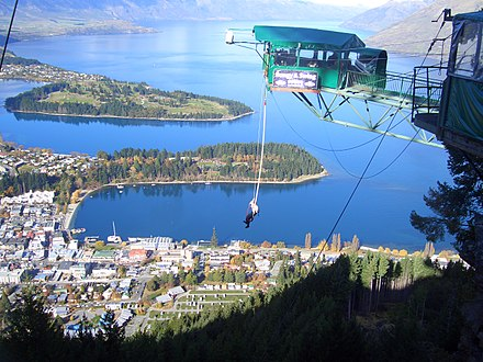 Bungy jumping in Queenstown Ledge Bungy, Queenstown, New Zealand 01.jpg