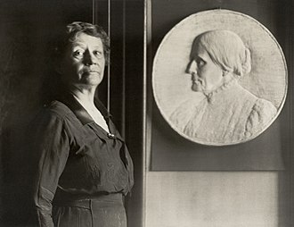 Leila Usher - Leila Usher with her bas-relief of Susan B. Anthony in 1922