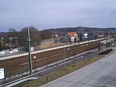 Lindome stationsområde, den 16 april 2006.   JPG