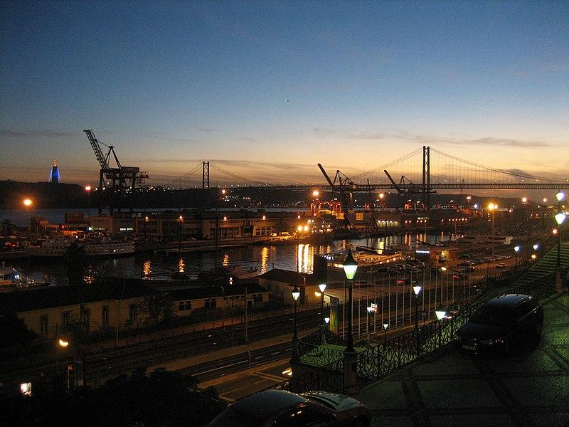 File:Lisbon port (3750158753).jpg