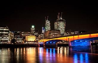 2017 London Bridge attack - London Bridge at night in 2013