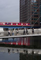 London MMB «K3 City Canal.jpg
