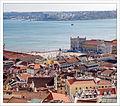 Lookin Down from Castelo de São Jorge (23950198490).jpg