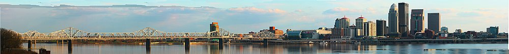 Louisville panorama from Jeffersonville, Indiana, with Second Street Bridge in foreground