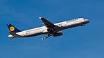 Lufthansa Airbus A321-231 D-AISQ MUC 2015 02.jpg