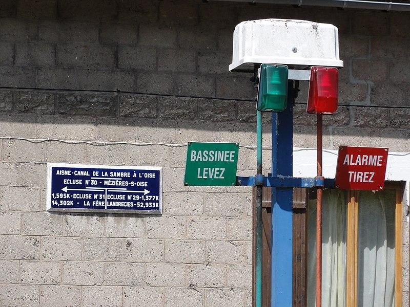 Mézières-sur-Oise, écluse, détail
