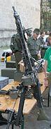 MG74 auf Dreibein