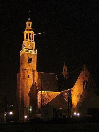 Maassluis - Image: Maassluis Grote Kerk bij avond