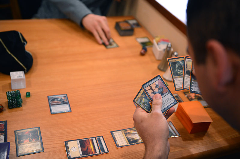 File:Magic The Gathering players.JPG