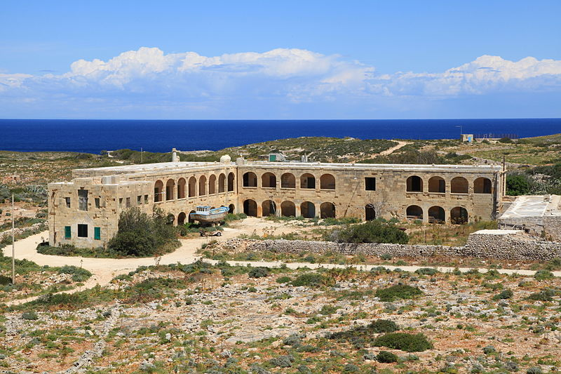 File:Malta - Ghajnsielem - Comino - Quarantine station (St. Mary's Tower) 01 ies.jpg