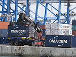 Malta Freeport, Containerverladung 01.JPG