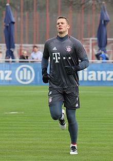 Neuer training with Bayern Munich in 2017