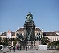 Maria-Theresien-Denkmal Ansicht 1.jpg