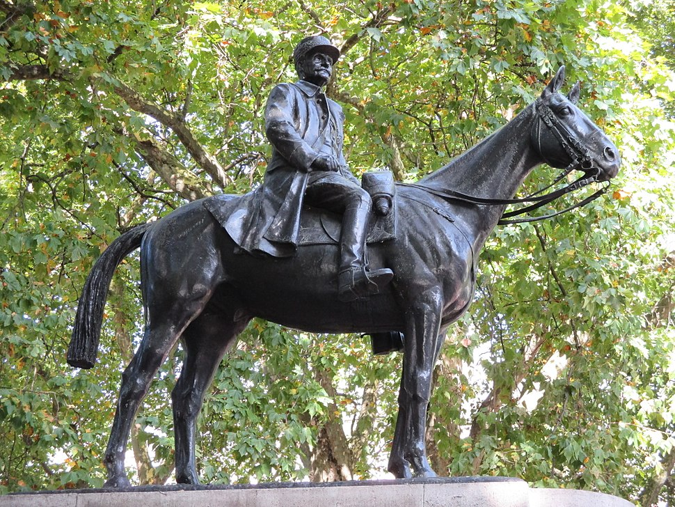 Marshal Foch statue