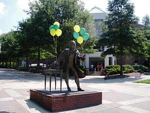 Statue of George Mason on the Fairfax campus, adorned with balloons Mason Statue.JPG