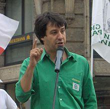 Salvini durante un comizio dei Giovani Padani nel 2006