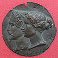Medaillon Napoleon Victoria.jpg