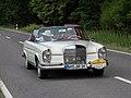 Mercedes-Benz 220 SE b Cabriolet (W 111C) ADAC Deutschland Klassik 2018 6280263.jpg