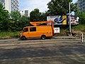 Michle, U plynárny, rekonstrukce TT, auto DPP s pracovní plošinou (01).jpg