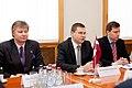 Ministru prezidents Valdis Dombrovskis tiekas ar Igaunijas ārlietu ministru Urmasu Paetu (6886279155).jpg